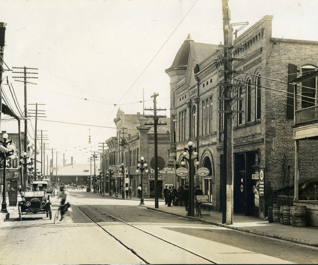 Historic Oak Street, Downtown Laurel, MS
