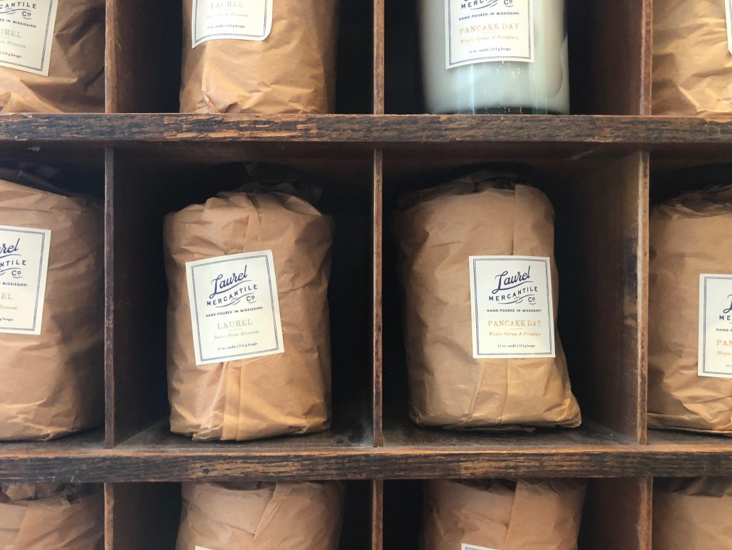 Laurel-Inspired Candles